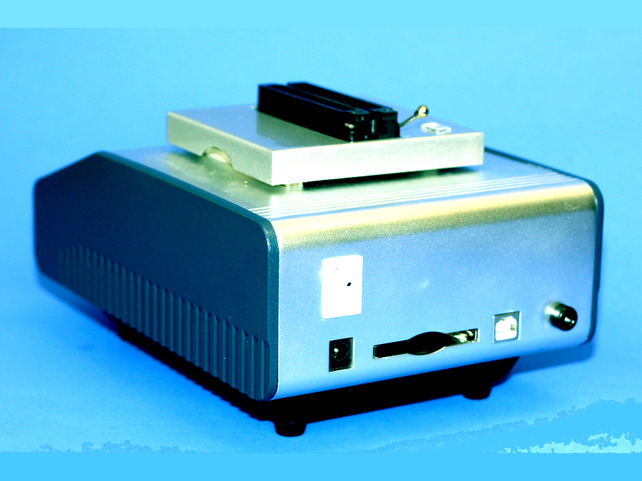 Universal Programmer, Universal Programmer for EPROMs and
